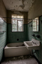 Vintage Green Tiled Bathroom W...