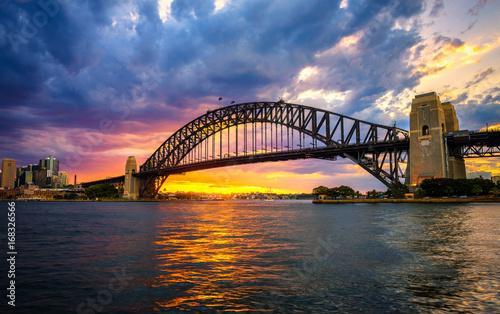 Sunset above Harbour Bridge in Sydney © Nick Fox