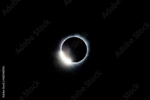 Photo  Total Solar Eclipse and Diamond Ring