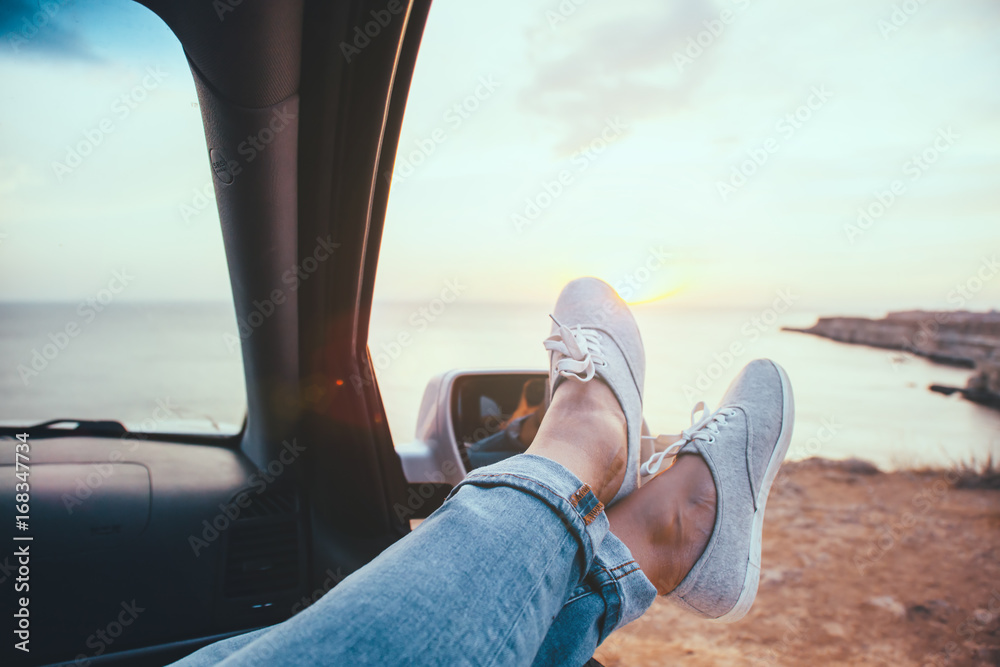 Fototapety, obrazy: Freedom car travel concept