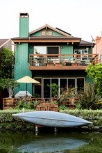 Home With Kayak On The Famous Canals Of Venice, California