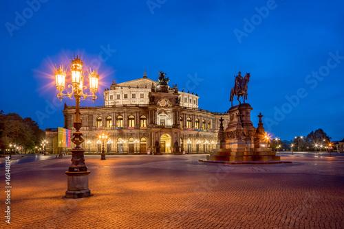 Spoed Foto op Canvas Theater Semperoper in Dresden bei Nacht, Sachsen, Deutschland