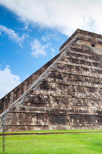 In de dag Mexico Kukulkan pyramid in Chichen Itza, Mexico