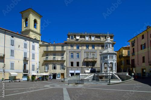 Piazza della Bollente ad Acqui Terme in proovincia di Alessandria Italia Europa Canvas Print