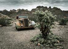 Old Vintage Car Truck Abandone...