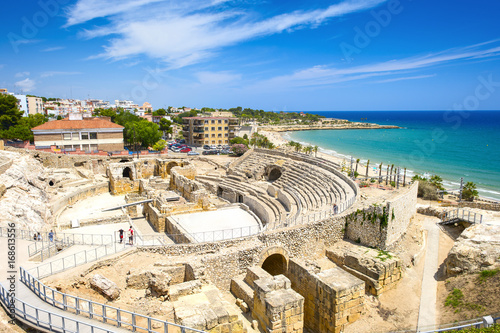 Historic site of an ancient Roman amphitheater in Tarragona, Spain Fotobehang