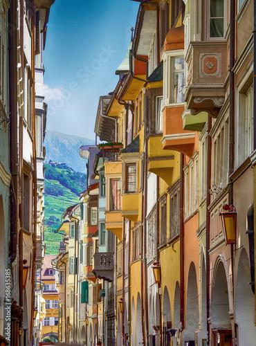 Fotografie, Obraz  Laubengasse Bozen,Südtirol