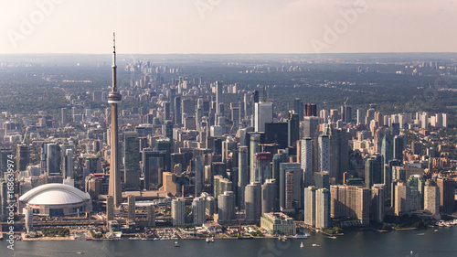 Obrazy Toronto  aerial-view-of-toronto-city-waterfront-and-skyline