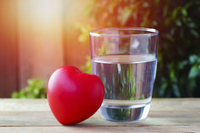 Drinking Pure Water For Healthy Heart