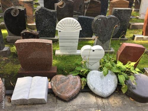 Photo sur Toile Cimetiere Gravestones in cemetery
