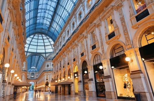 Foto op Canvas Milan Galleria Vittorio Emanuele II interior