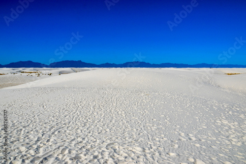 Foto op Plexiglas Donkerblauw White Sands National Monument: White New Desert Desert