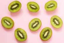 Organic Green Kiwi Fruit Slice...