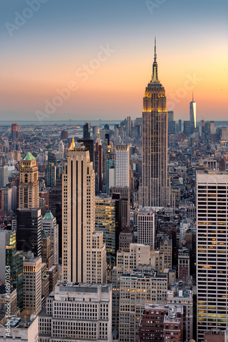 In de dag New York New York City skyline at sunset