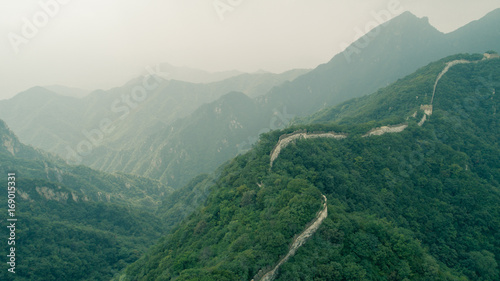 Foto auf Leinwand Chinesische Mauer aerial view of the great wall in china