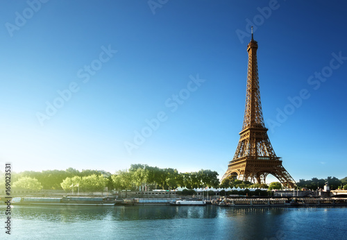 Fototapety, obrazy: Eiffel tower, Paris. France
