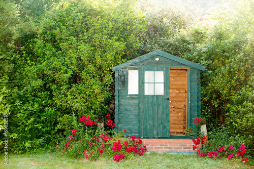 Fotografia The garden hut at the bottom of the park of the house