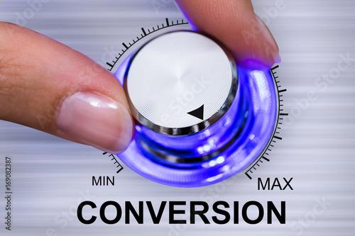 Fotografiet Person Adjusting Conversion