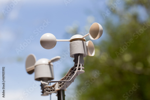 Photo Anemometer is a device used for measuring the speed of wind, and is also a common weather station instrument