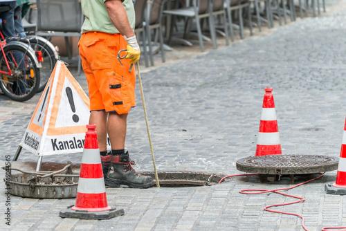 Poster Channel Straßenarbeiter bei Kanalarbeiten