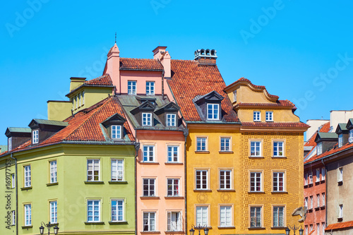 Photo Stands Beautiful colored old European houses in the center of the old town in Warsaw, Poland