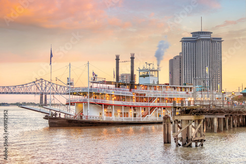 New Orleans paddle steamer in Mississippi river in New Orleans Canvas Print
