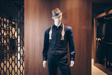 Mannequin In A Classic Suit And Hat Resembling A Gangster. Shop Of Costumes