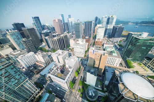 Fotografía Aerial view of Vancouver skyscrapers, Canada