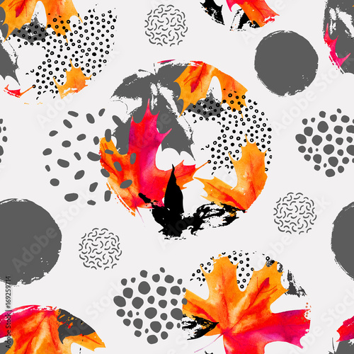 Poster Graphic Prints Autumn leaves in circles, watercolor seamless pattern.
