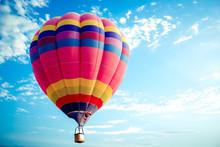 Colorful Hot Air Balloon Flyin...