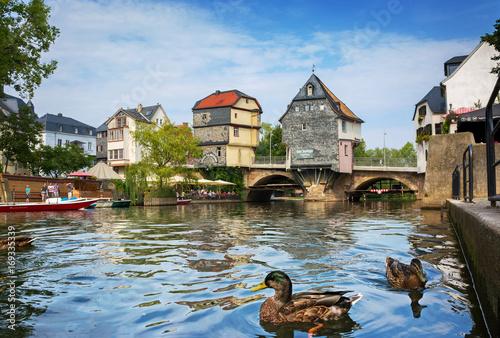 Fotomural  Bad Kreuznach – Sehenswürdigkeit Brückenhäuser auf Alter Nahebrücke