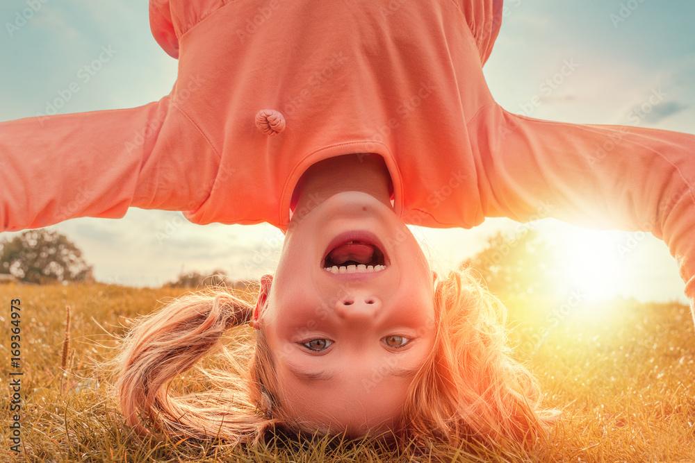 Fototapeta Kind hat Spaß