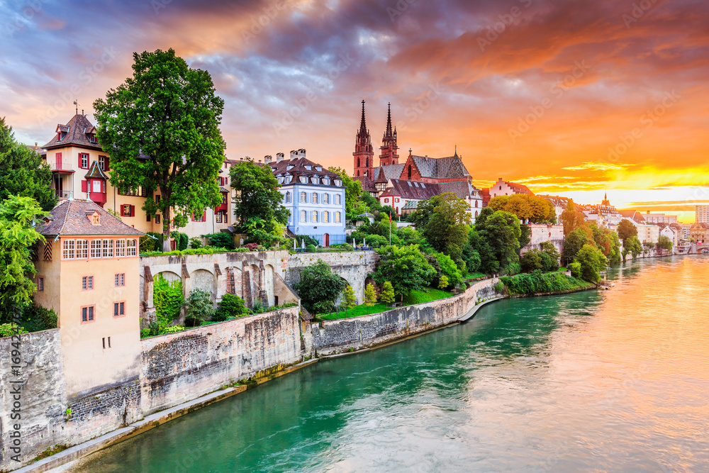 Fototapety, obrazy: Basel, Switzerland. Old town with red stone Munster cathedral on the Rhine river.