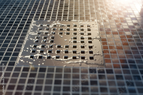Fotografía  3d rendering Abflussrinne mit Wassertropfen im Sonnenlicht