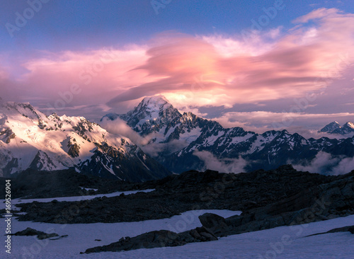 Poster Rose clair / pale mt cook sunset, New Zealand