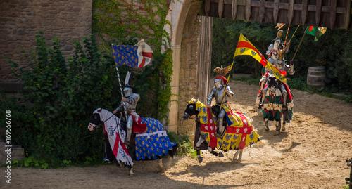 Photo  Cavaliers Puy du Fou Vendée France