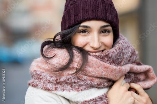 Photo  Winter woman outdoor