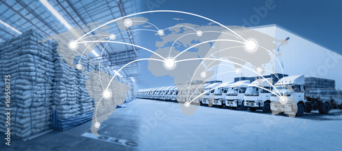 Fotomural  Global network coverage world map,Truck with goods distribution warehouse for Lo