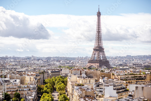 Spoed Foto op Canvas Parijs Aerial cityscape view on the Eiffel tower during the sunny day in Paris