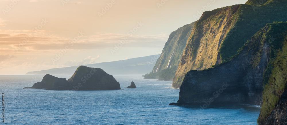 Fototapety, obrazy: Pololu Valley During Sunrise, Big Island, Hawaii