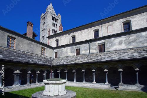 Aosta, chiostro e campanile della Collegiata dei Santi Orso e San Pietro ad Aost Canvas Print