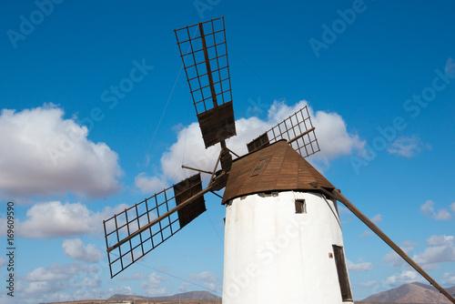 Foto  windmill on fuerteventura