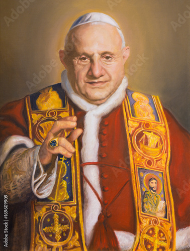 VIENNA, AUSTRIA - JULY 30, 2014: The portrait of St. John XXIII in church Karlskirche (Charles Borromeo) by Clemens Fuchs (2014). Fotomurales