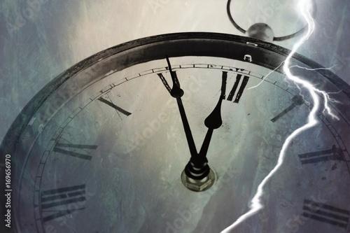 Blitzeinschlag Fünf vor Zwölf Uhr Poster