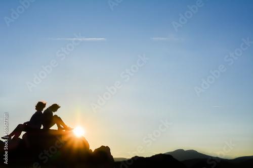 Fényképezés  Güneş doğdu ve batıyor
