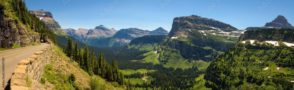 Fototapety, obrazy: Going to the Sun Road with panoramic view of Glacier National Park, Montana