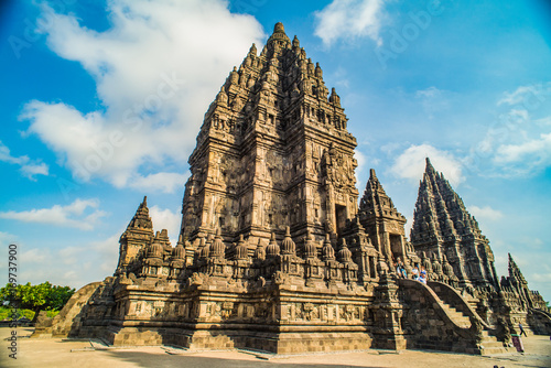Foto op Plexiglas Indonesië Prambanan or Candi Rara Jonggrang is a Hindu temple compound in Java, Indonesia, dedicated to the Trimurti: the Creator (Brahma), the Preserver (Vishnu) and the Destroyer (Shiva)