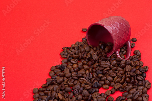 Deurstickers koffiebar Empty coffee cup and coffee beans
