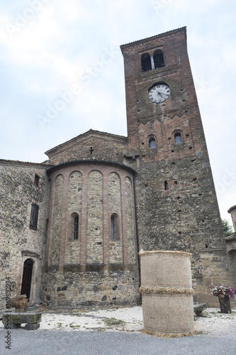 Photo  Vigolo Marchese (Piacenza, Italy): medieval church