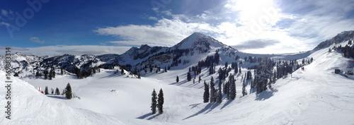 ski-vail-winter-snow-and-sun